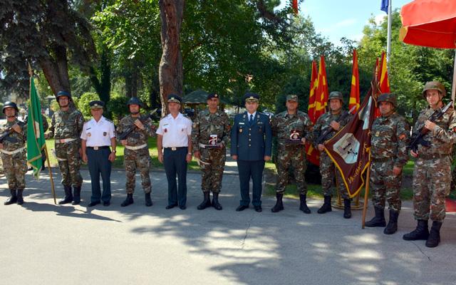 Воената полиција и Инженерискиот баталјон одликувани со Орден за воени заслуги